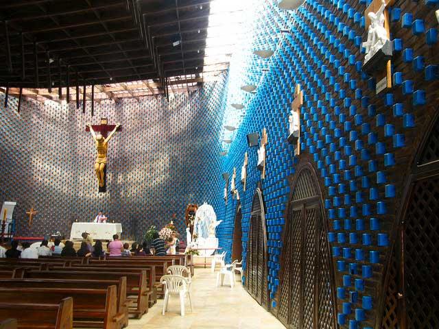 Iglesia del Divino Redentor - Fruto Vivas